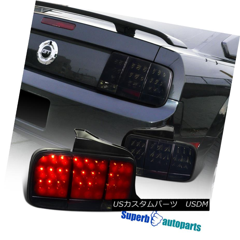 テールライト 2005-2009 Ford Mustang Sequential LED Tail Brake Lights Glossy Black/Smoke 2005-2009フォードマスタング逐次LEDテールブレーキライトグロッシーブラック/スモーク