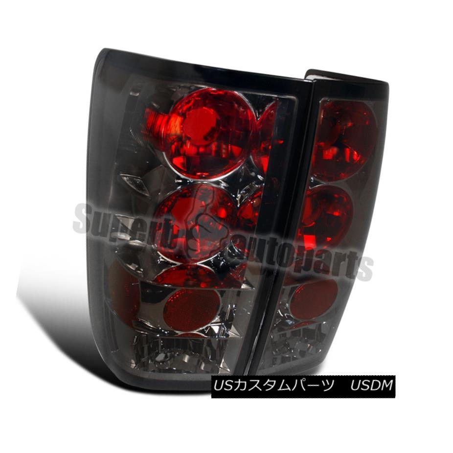 テールライト For 2004-2013 Titan Replacement Tail Lights Brake Lamps Smoke 2004年から2013年の間、タイタンの交換テールライトブレーキランプの煙