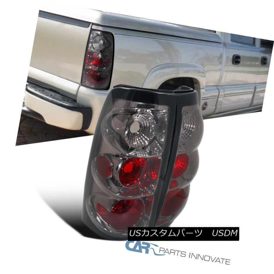テールライト 03-06 Silverado Sierra 1500 2500 Pickup Tail Lights Brake Rear Lamps Smoke Pair 03-06 Silverado Sierra 1500 2500ピックアップテールライトブレーキリアライトスモークペア