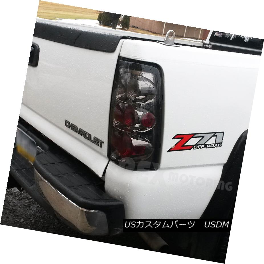 テールライト 2003-2006 Chevy Silverado 1500 2500 2500HD GMC Sierra Smoke Euro Tail Lights 2003-2006シボレーシルバラード1500 2500 2500HD GMCシエラスモークユーロテールライト