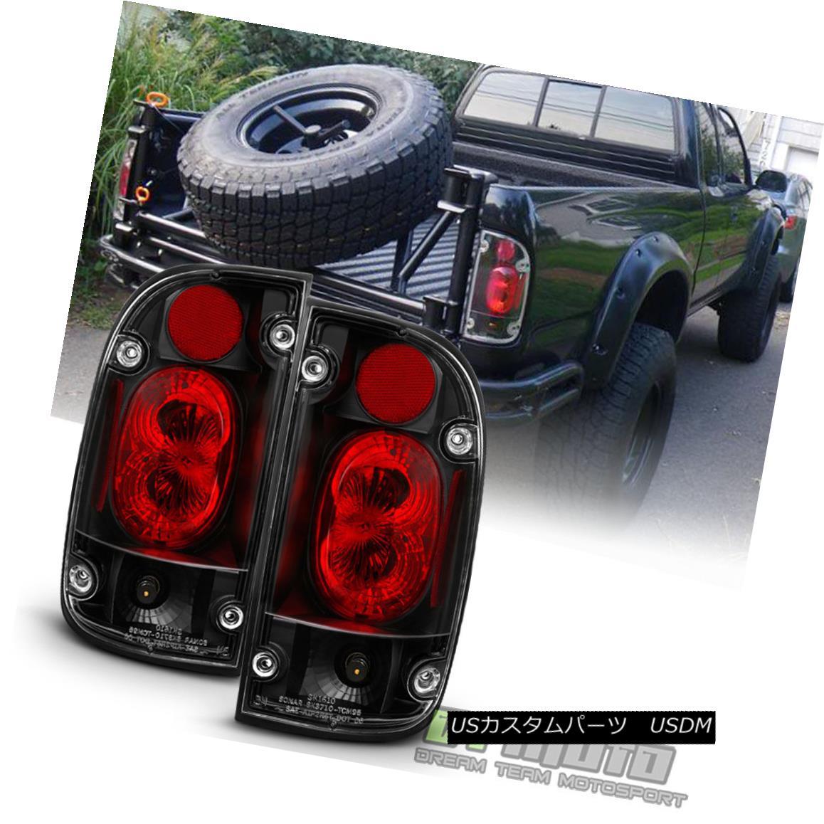 テールライト 1995-2000 Toyota Tacoma Black Tail Lights Brake Lamps Left+Right 95 96 97 98 00 1995-2000トヨタタコマブラックテールライトブレーキランプ左右95 96 97 98 00
