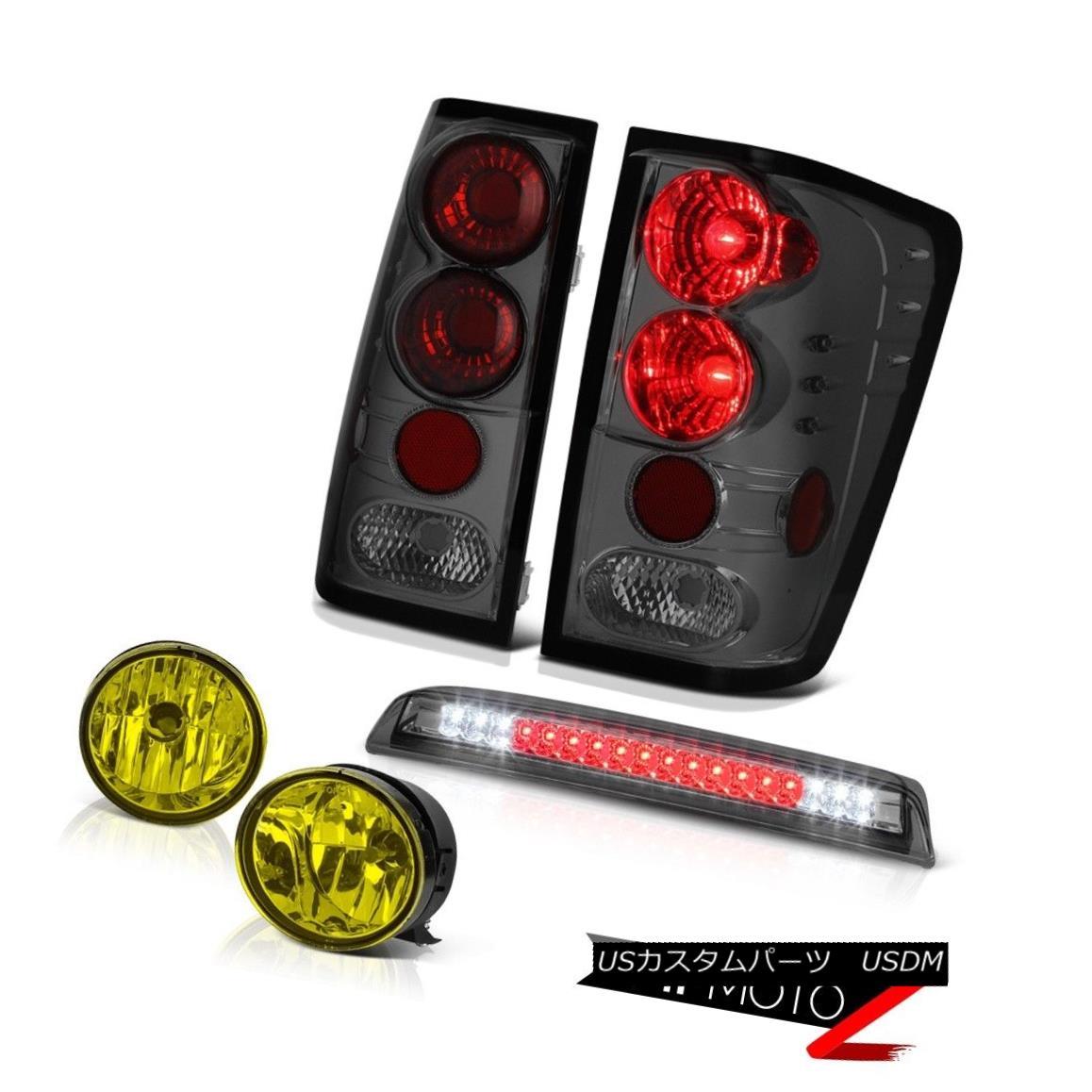 テールライト For 2004-2015 Titan LE Rear Tail Lights Smoke Yellow Fog Third Brake Cargo LED 2004年から2015年までタイタンLEリアテールライトスモークイエローフォグ第3ブレーキカーゴLED