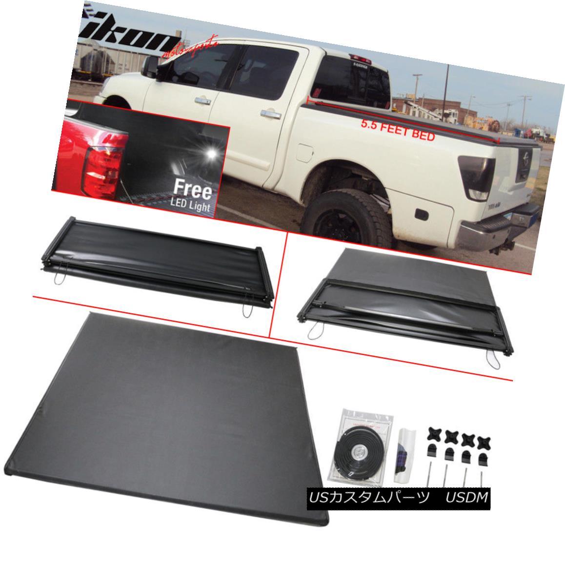 エアロパーツ For 04-15 Nissan Titan Crew Cab 5.5 feet Tri-Fold Soft Tonneau Cover Black 04-15日産タイタンクルーキャブ5.5フィートトライフォールドソフトトノーカバーブラック