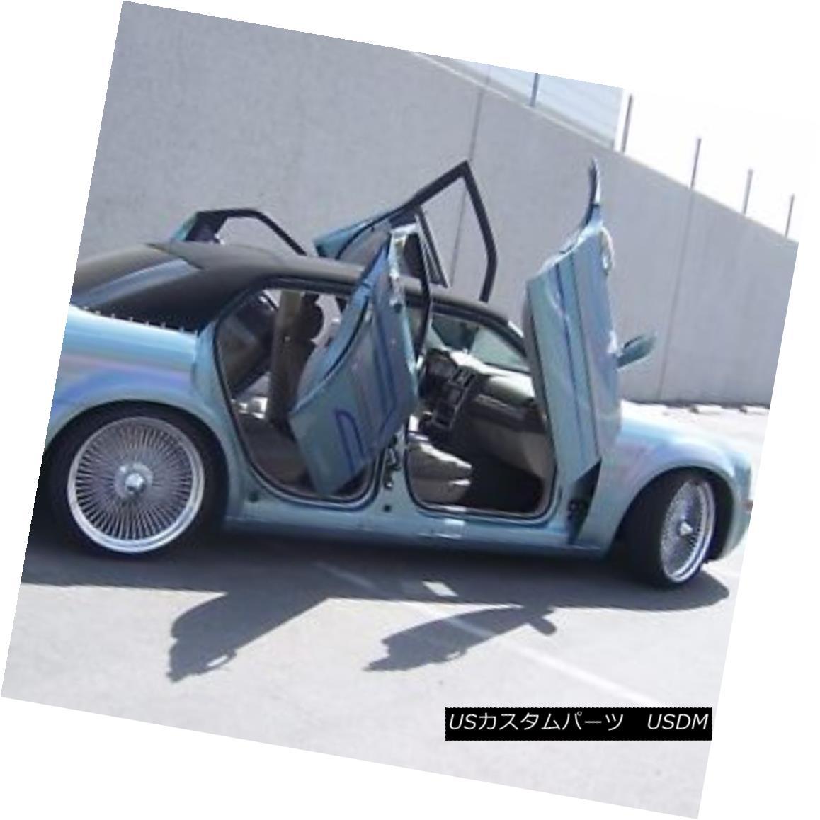 ガルウィングキット VDI Chrysler 300 2004-2010 Rear Door Bolt-On Vertical Lambo Doors VDI Chrysler 300 2004-2010リアドアボルトオン式垂直ランボルフト