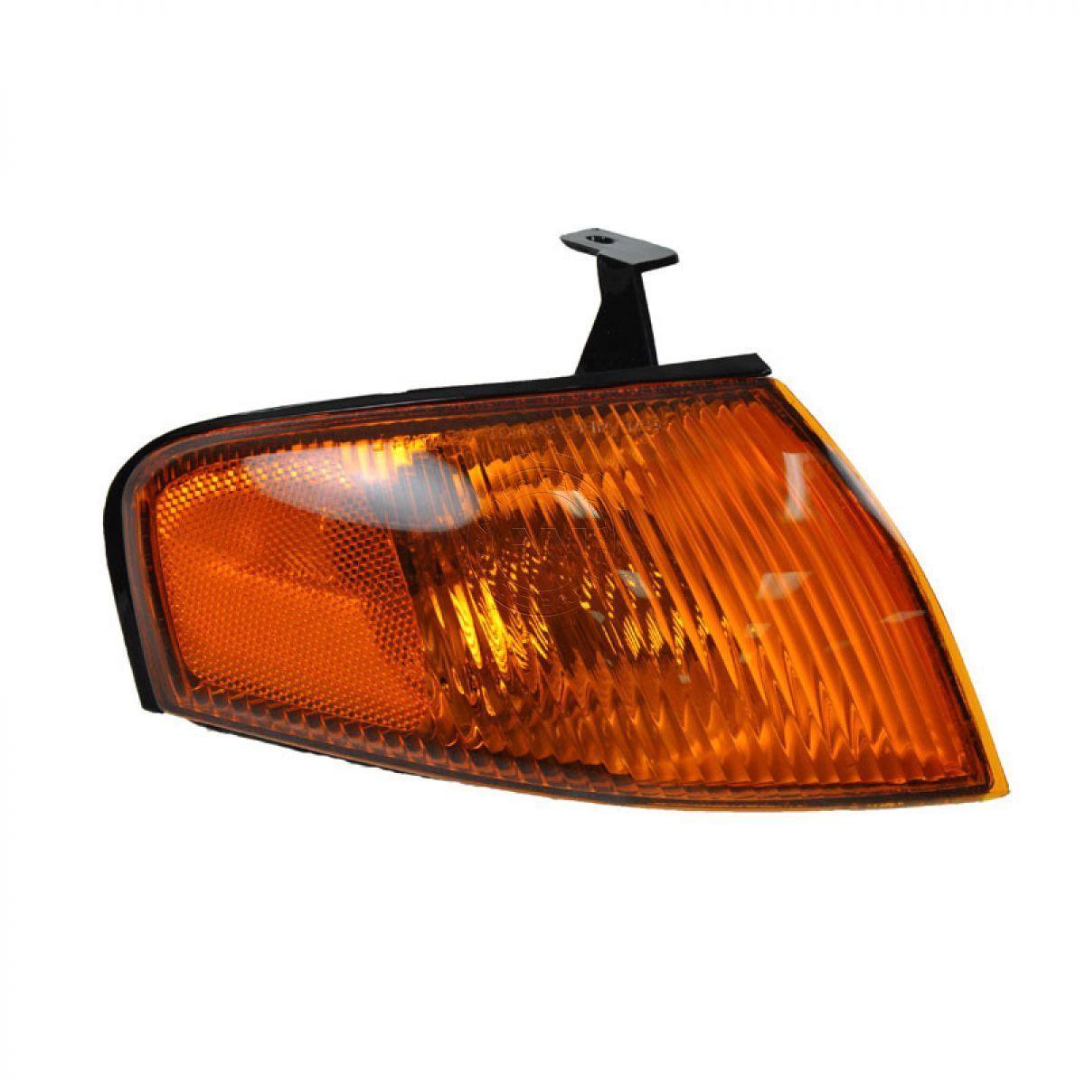 コーナーライト Side Corner Marker Parking Light Lamp Passenger Side Right RH for 97-98 Protege サイドコーナーマーカーパーキングライトランプ助手席側右RH(97-98プロテーゼ用)