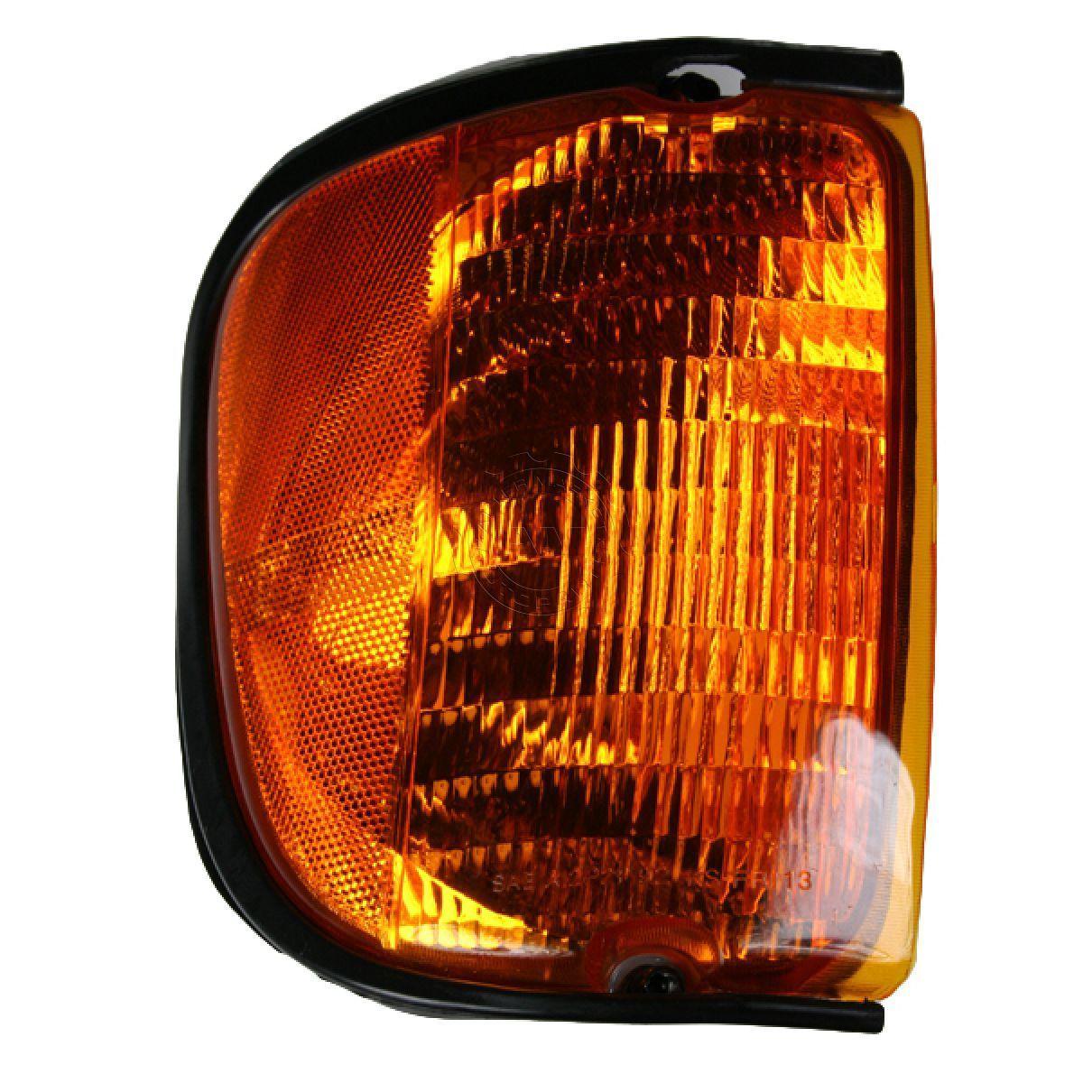 コーナーライト Corner Parking Light RH Right for Ford E-Series 2001-2003 Van コーナーパーキングライトRH右フォードEシリーズ2001-2003バン