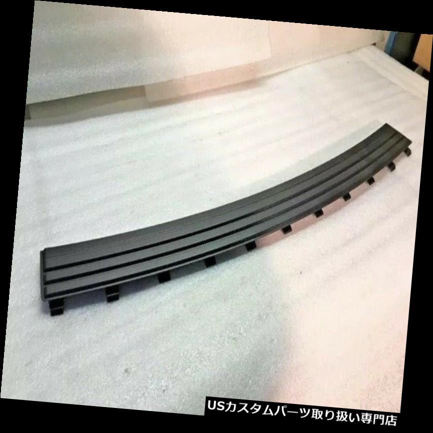 リアステップバンパー 11-18ジープグランドチェロキーリヤバンパーステップパッドOEM新製品68111633AB 11-18 JEEP GRAND CHEROKEE REAR BUMPER STEP PAD OEM NEW GENUINE 68111633AB