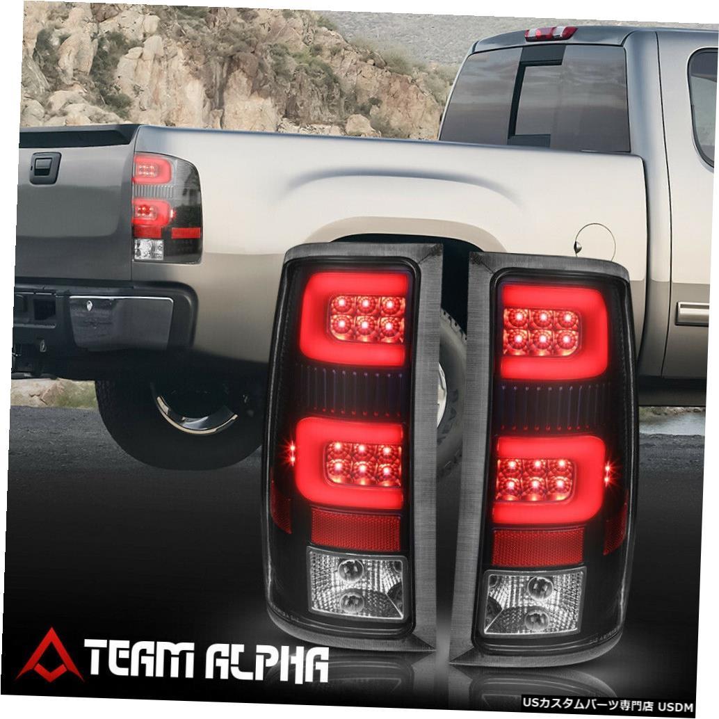 テールライト Fits 2007-2014 GMC Sierra <DUAL RED NEON TUBE LED C-BAR> Black/Clear Tail Light