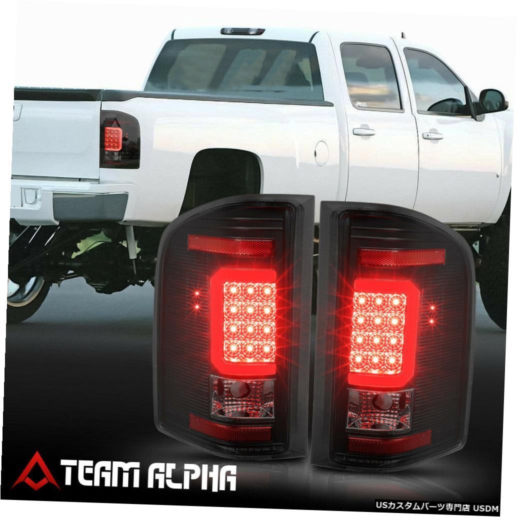 テールライト Fits 2007-2014 Chevy Silverado <LED RED C-BAR> Black/Smoke Brake Lamp Tail Light