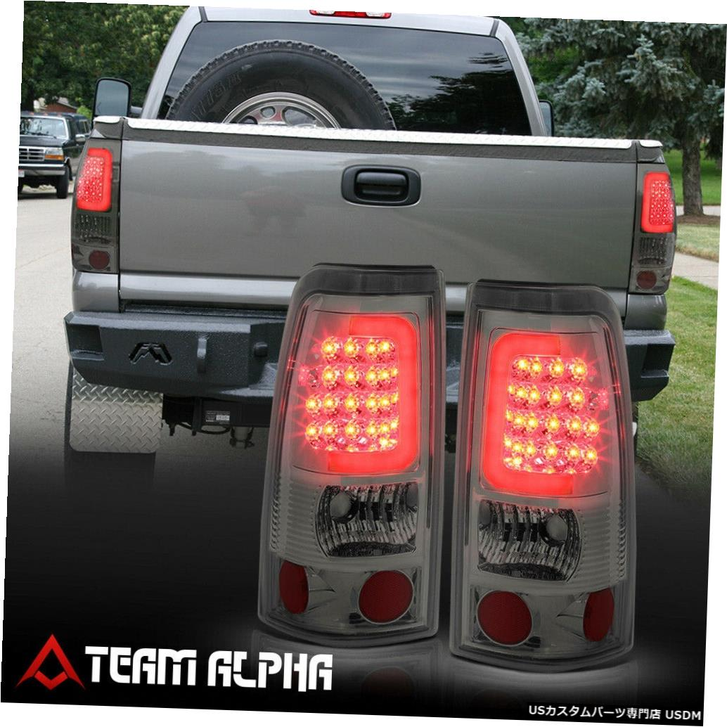 テールライト Fits 1999-2003 Silverado/Sierra<LED RED C-BAR>Chrome/Smoke Brake Lamp Tail Light