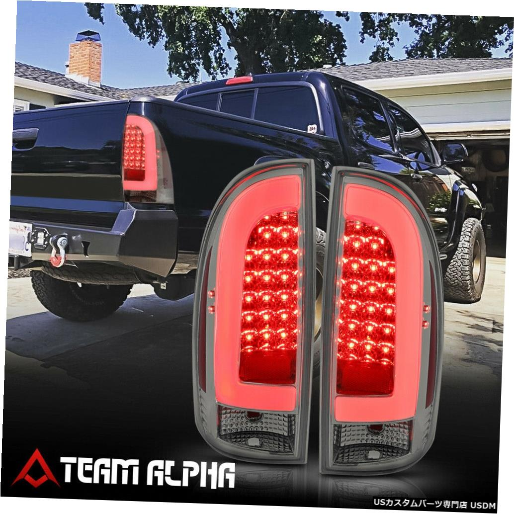 テールライト Fits 2005-2015 Toyota Tacoma <NEON TUBE LED C-BAR> Chrome/Smoke Tail Light Lamp