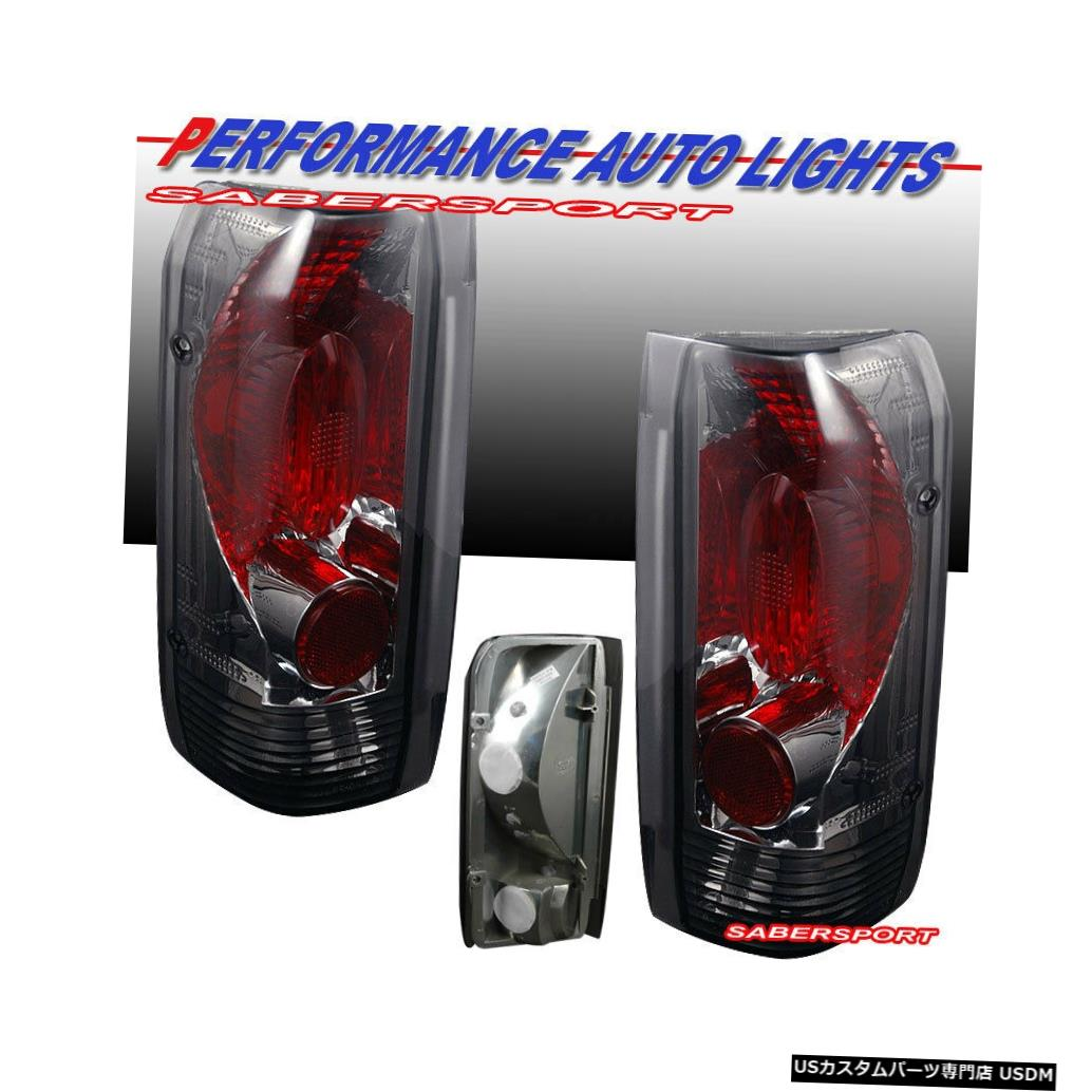 Tail light 1989-1996 Ford F-150 F-250 F-350 Broncoのペアクロームスモークテールランプセット Set of Pair Chrome Smoke Taillights for 1989-1996 Ford F-150 F-250 F-350 Bronco