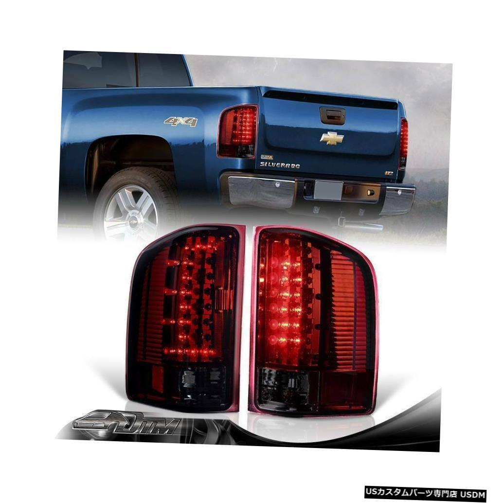 Tail light 2007-2013 GMCシエラ3500HD CスタイルLEDレッド/スモークレンズリアテールライトランプ For 2007-2013 GMC Sierra 3500HD C-Style LED Red/Smoke Lens Rear Tail Lights Lamp