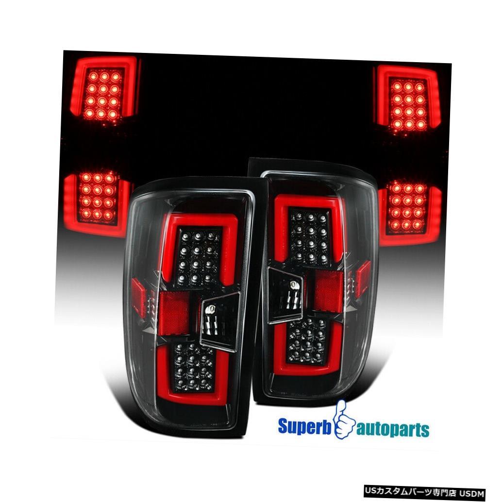 <title>車用品 バイク用品 >> パーツ ライト ランプ 卓抜 ブレーキ テールランプ Tail light 2014-2017年のSilveradoの光沢がある黒いLEDテールライトの後部ブレーキランプLEDバー For 2014-2017 Silverado Shiny Black LED Lights Rear Brake Lamps Bar</title>