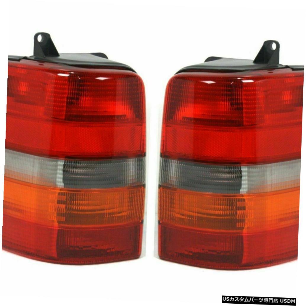 Tail light MONACO WINDSOR 2002 2003 2004ペアテールランプライトテールライトリアRV MONACO WINDSOR 2002 2003 2004 PAIR TAIL LAMPS LIGHT TAILLIGHTS REAR RV