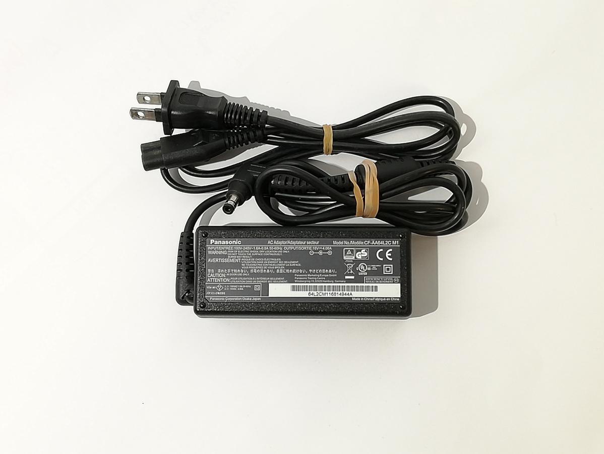 【中古】純正品Panasonic AC ADAPTER 16V~4.06A CF-AA64L2C M1 コネクタ外径約5.5mm 内径約2.5mm