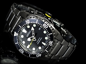 Seiko kinetic diver men's watch black dial black IP black stainless steel belt SKA427P1