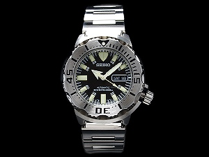 Seiko メンズダイバーズ automatic self-winding watch black monster silver stainless steel belt SKX779K1