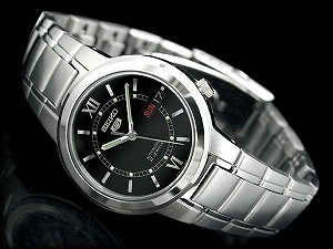 Seiko 5 mens automatic watch-black dial-silver stainless steel belt SNKA23K1