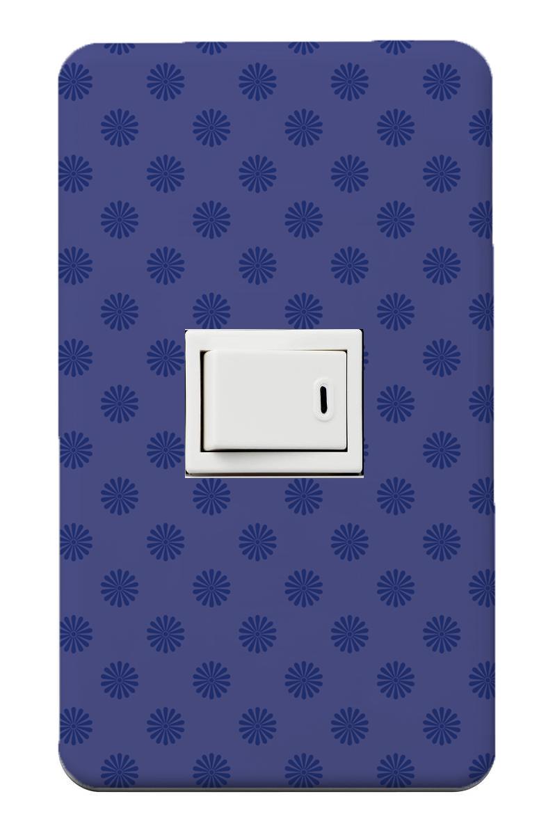 定形外発送 2020 送料無料 おしゃれスイッチカバー 1口スイッチカバー 和柄 和風 ラッピング無料 菊 ネイビー 紺 落ち着きのあるブルー 青い花