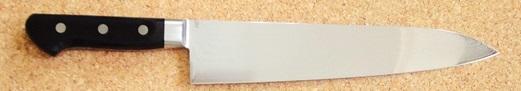 コバルトゴールド鋼V金10号 33層ダマスカス鋼ツバ付き 黒合板ハンドル牛刀 270ミリ包丁日本製