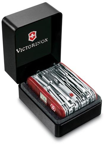 VICTORINOX(ビクトリノックス)スイスチャンプXAVT(ギフトボックス)スケルトンレッド83機能 91mm【VNOX-16795XAVT】【10012959】