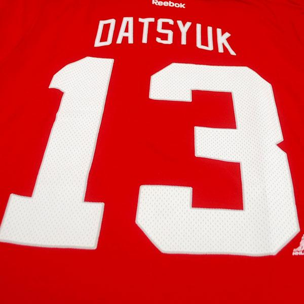 2013 (red) NHL Red Wings #13 パベルダツック Name&Number T-shirt Reebok