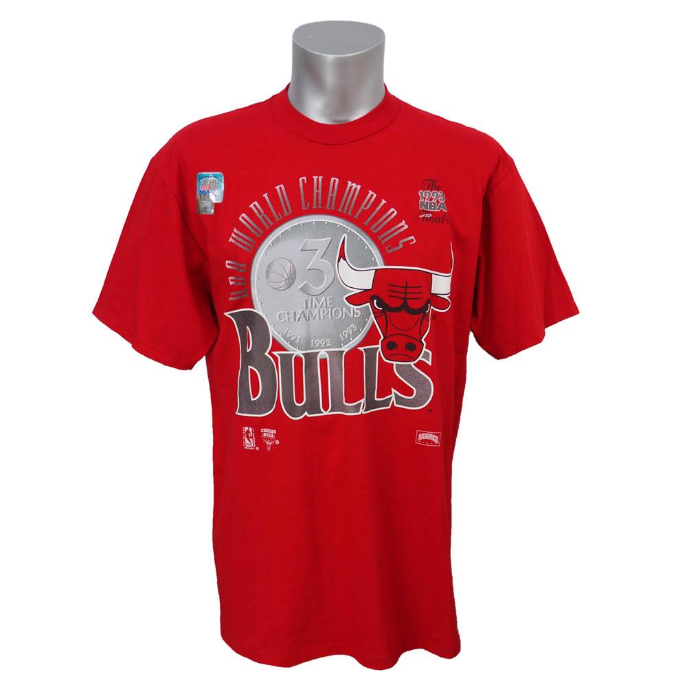 NBA ブルズ 1993年度 NBAファイナル 3連覇達成記念Tシャツ Nutmeg レッド レアアイテム【1910価格変更】