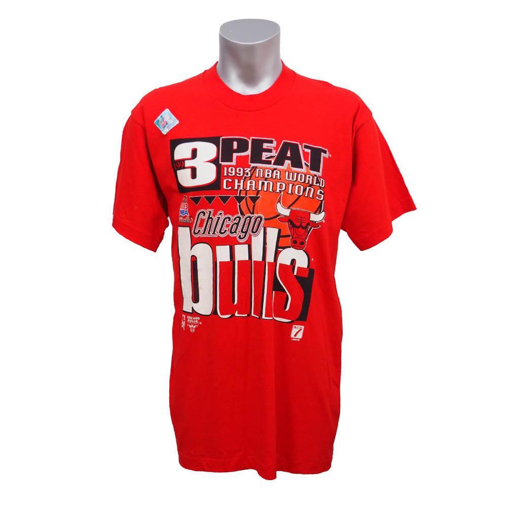 NBA ブルズ 1993年度 NBAファイナル 3連覇達成記念Tシャツ Fruit of the Loom レッド レアアイテム【1910価格変更】