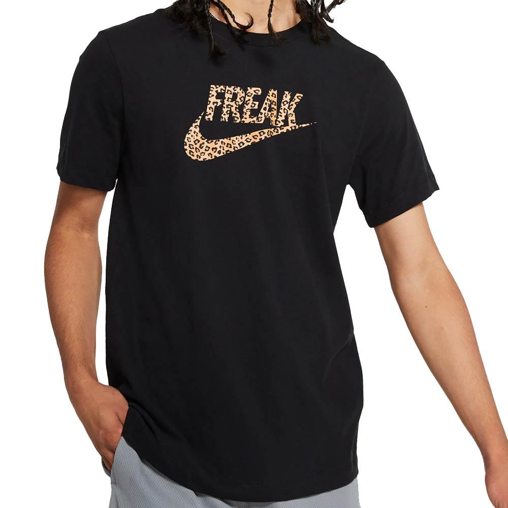 Nike Greak Freak ヤニス・アデトクンボ Tシャツ カミング トゥ アメリカ フリーク ブラック CD0941-010