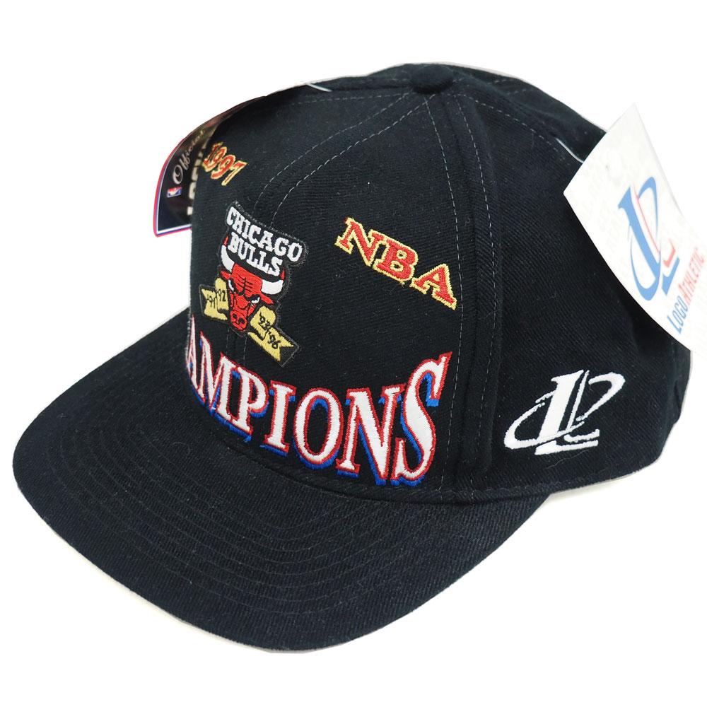 NBA ブルズ 1997 チャンピオン ロッカールーム キャップ/帽子 ロゴアスレチック/Logo Athletic