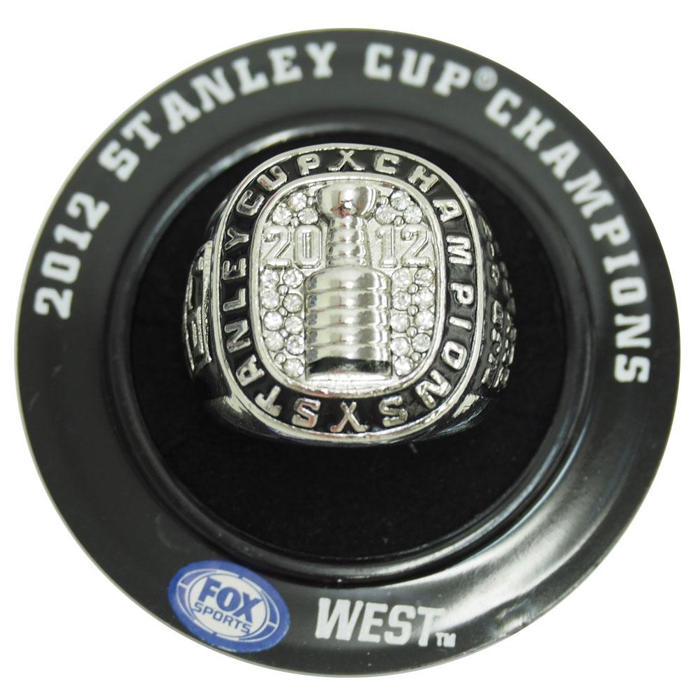 NHL キングス 2012 スタンレーカップ レプリカ チャンピオン リング レアアイテム