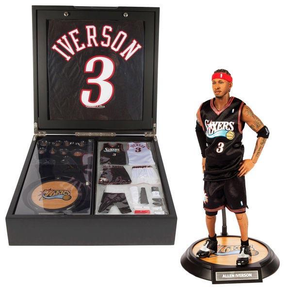 NBA 76ers アレン・アイバーソン 直筆サイン入り オーセンティックユニホーム付き コレクターズボックス Mitchell & Ness