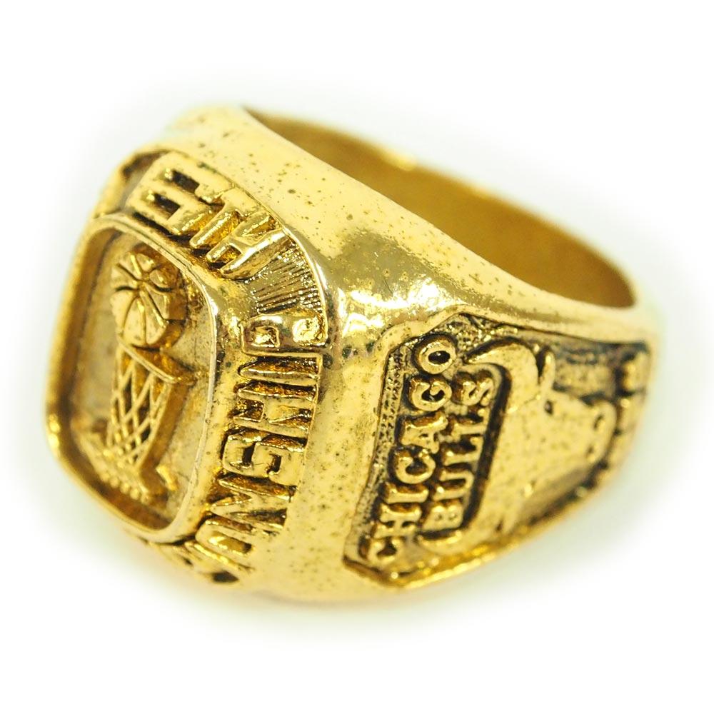 NBA ブルズ レプリカ チャンピオン リング/指輪 1998 ファイナル レアアイテム