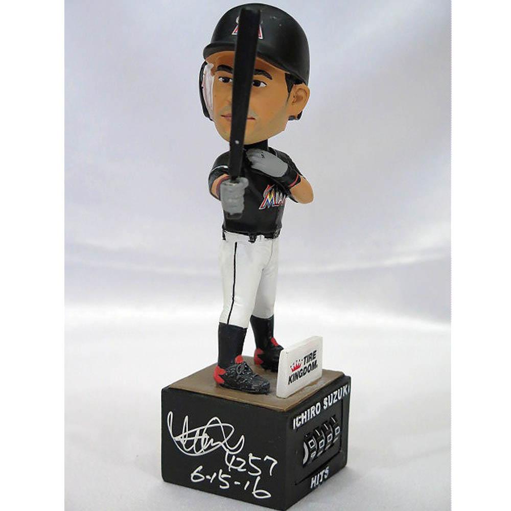 ご予約 MLB マーリンズ イチロー 直筆トリプルサイン入り 通算4257本安打達成記念 ボブルヘッド人形/フィギュア