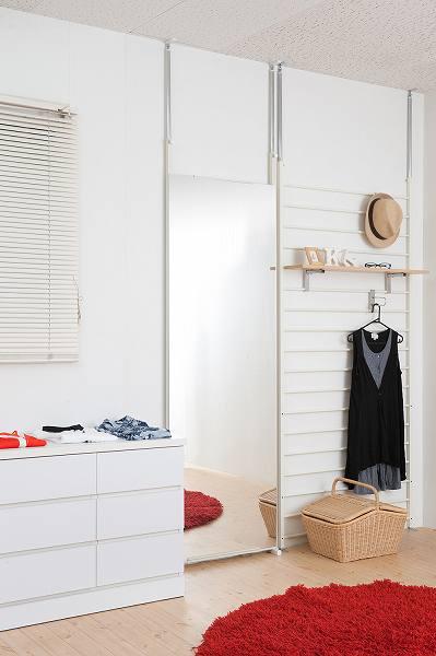 突っ張り壁面ミラー  幅60cm ホワイト色 【送料無料】(全身鏡、スタンドミラー)
