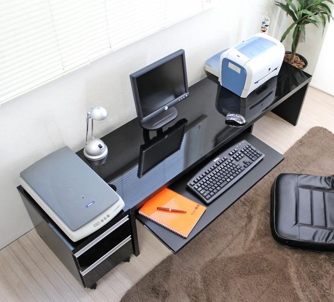 鏡面仕上げロータイプ150cm幅パソコンデスク2点セット (デスク+チェスト)ブラック 【送料無料】(事務デスク,事務机,座卓,平机,パソコンラック,PCデスク)