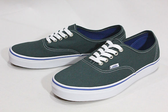 Vans vans us planning and overseas limited   2016 FALL CLASSICS model   Authentic  amp  authentic  GREEN GABLES TRUE WHITE  amp  green 10P06Aug16 9f3fabad9