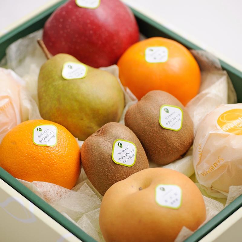 千疋屋総本店(せんびきや)季節の果物詰合(2) 化粧箱入