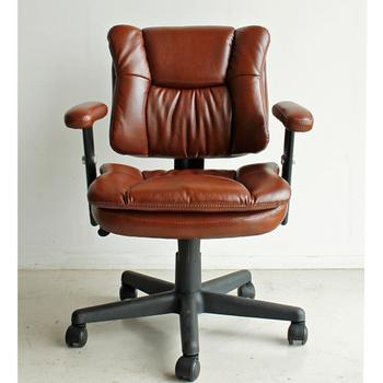 レトロ気分でデスクワーク♪ デスクチェア 【送料無料】 オフィスチェア 社長椅子 合皮 レトロ 合成皮革 レトロ ヴィンテージ レザー 激安 レトロ おしゃれ 肘付き ゆったり プレジデントチェア 大きい