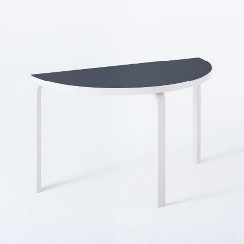 テーブル95 / ストーンホワイト×ブルー (Artek / アルテック)