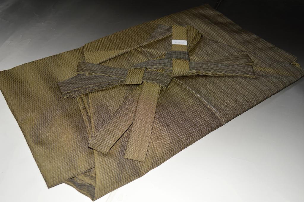 紬袴・おとこもの-No.008(仕立て上がり・馬乗り)米沢産袴地・絹素材【送料無料】【日本製品】