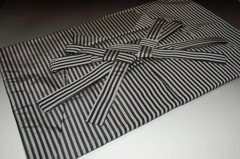 縞袴・おとこもの-No.113(仕立て上がり・馬乗り)米沢産袴地・絹素材【送料無料】【日本製品】