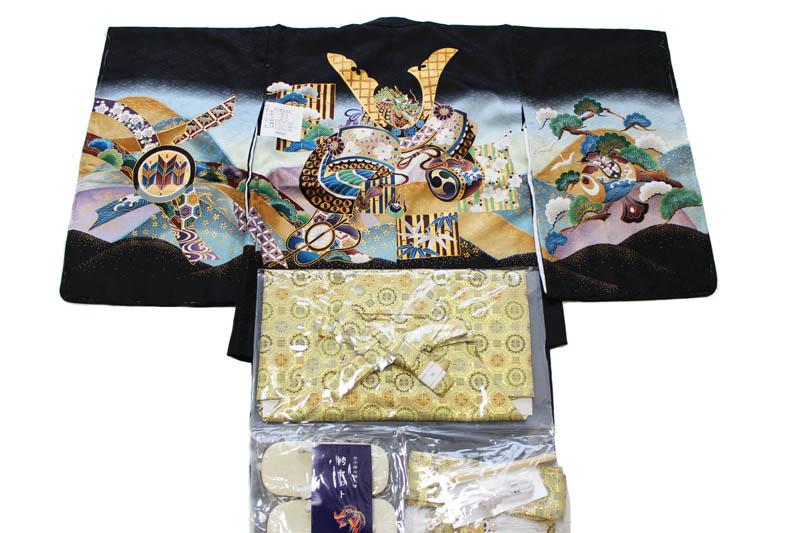 お買い得品/五歳男児お祝い着-G-1 k-16(七五三/羽織色:黒色/着物の色:黒色/袴の色:金襴袴/アンサンブルセット)【送料無料】こちらは箱無しとなります。