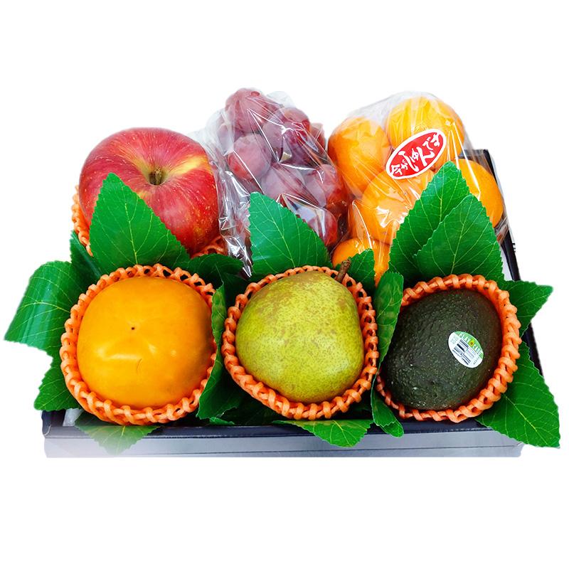 旬のものや美味しい果物を詰め合わせに致しました 旬の果物詰め合わせ 送料無料 贈り物 ギフト ご家庭用 ご贈答用 プレゼント 仏事 SEAL限定商品 お気に入 誕生日 お取り寄せ お祝い お歳暮