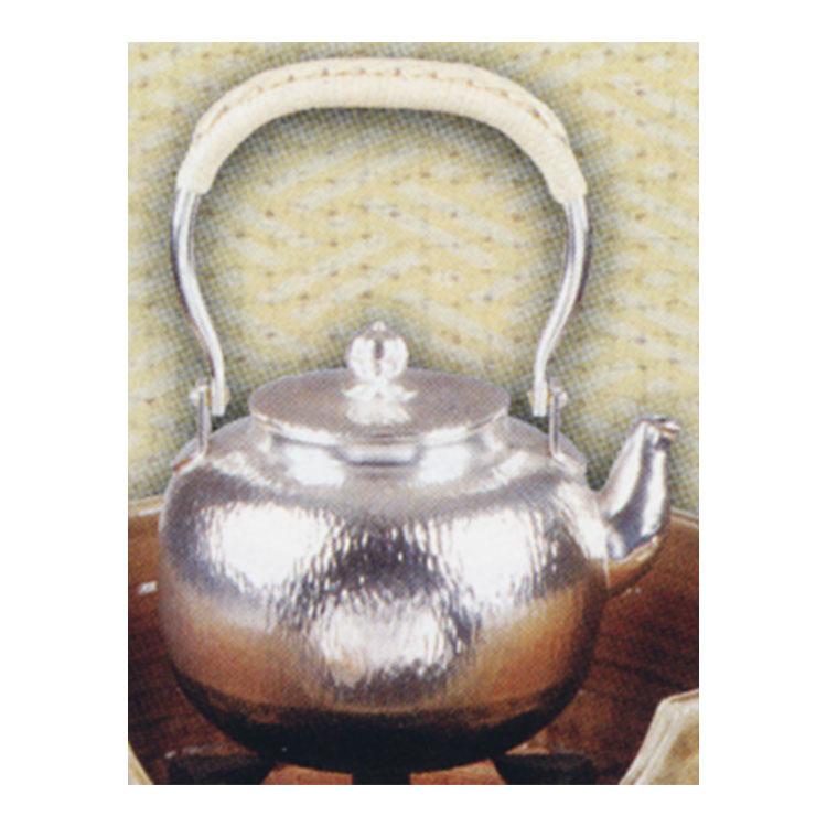 茶道具 銀瓶 石目 丸型 五合 (茶道具 通販 )