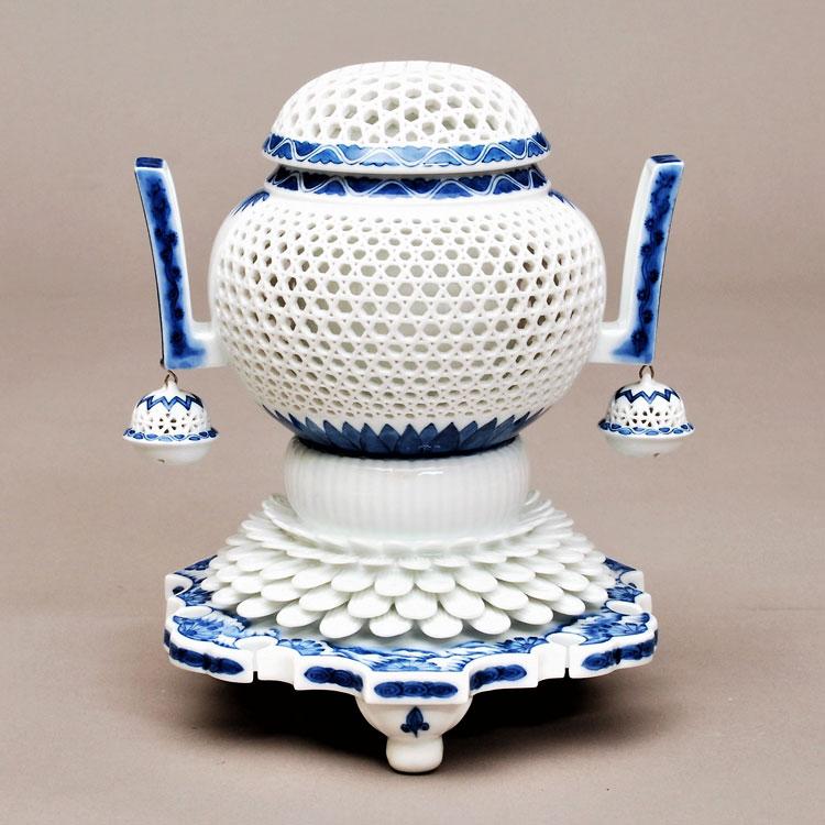 茶道具 香炉(こうろ) 香炉 染付 透彫 小 横石 嘉助