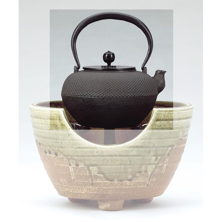 茶道具 鉄瓶 あられ天明 (六合入) 地龍工房●商品名以外のものは別売です。 (茶道具 通販 )