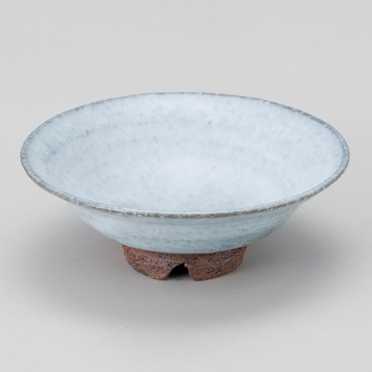 茶道具 送料無料 白萩割高台平茶碗 ●手作りのため、多少趣の異なることがあります。 納冨尚 茶道 抹茶椀 抹茶 茶器 茶椀 茶わん ちゃわん ギフト 千紀園