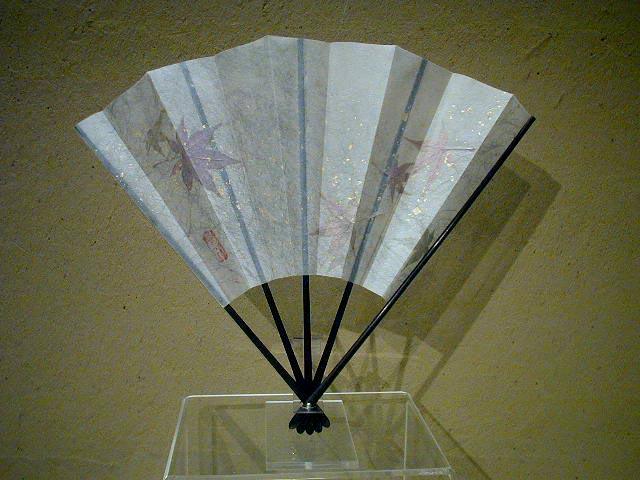 KARINブランド/五骨(蝙幅 かわほり)/飾扇紅葉散らし 白/創作飾り扇